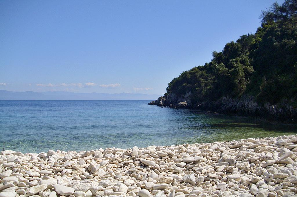 Kamini Gouva Beach 01