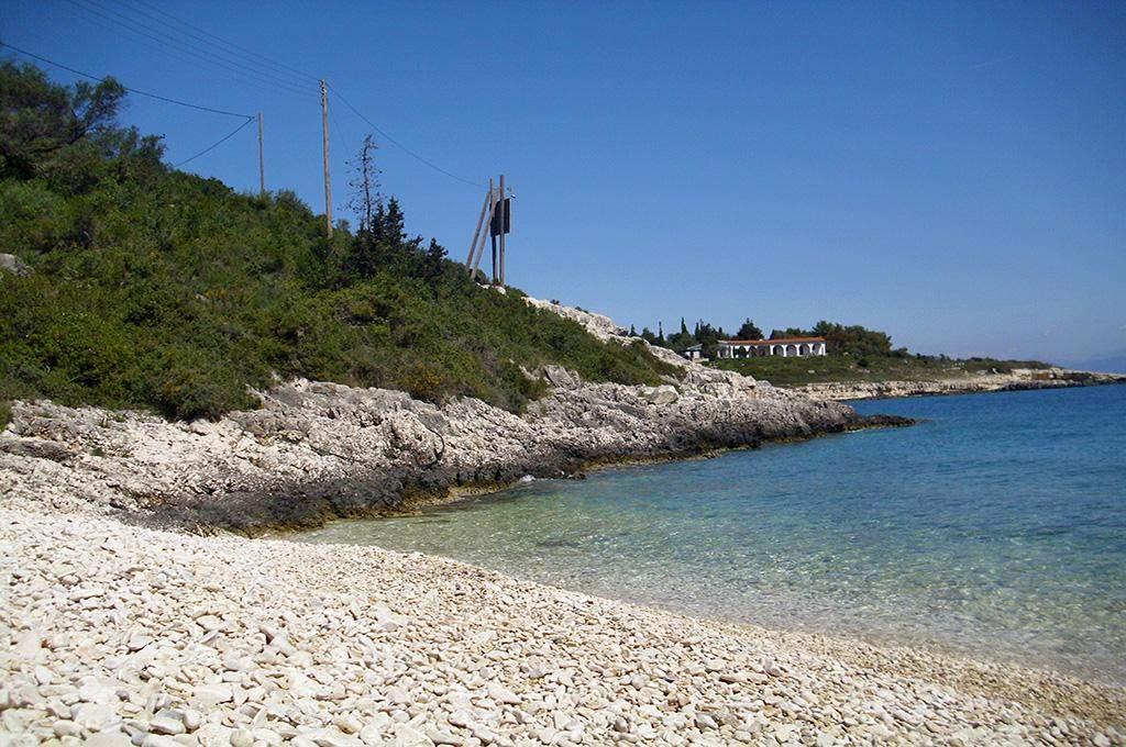 Kamini Gouva Beach 02