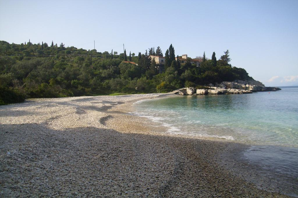 Kaki Lagada Beach 03