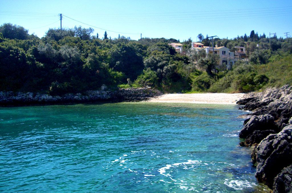 Kamini Gouva Beach 05