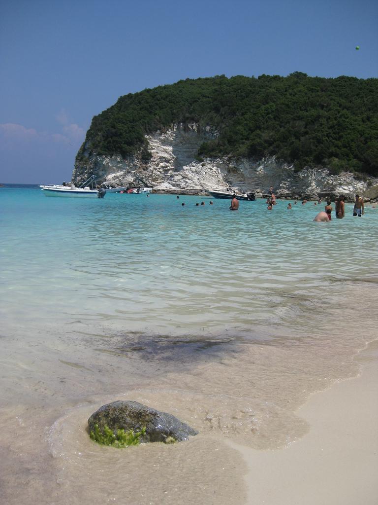 Vrika Beach 02