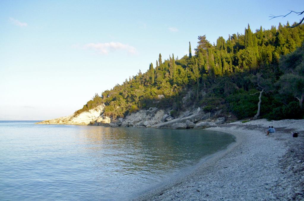 Orkos beach