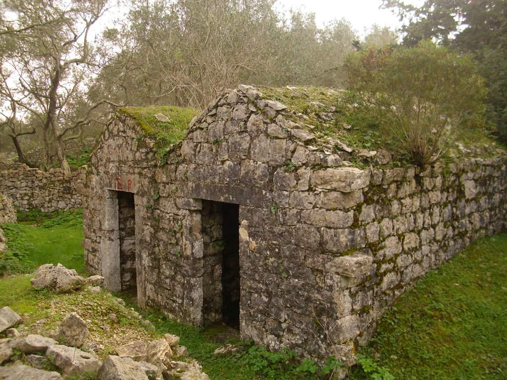Cisterns of Sarakinos (1)