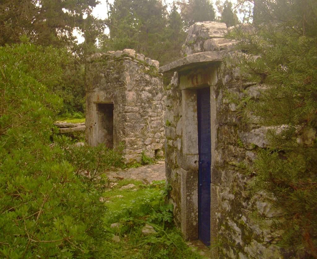 Cisterns of Sarakinos (4)