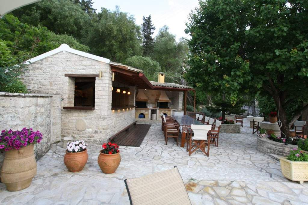 Andrikos Studios garden