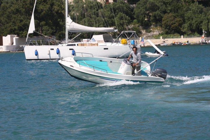 Christos Boat Hire 4