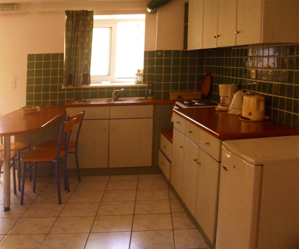 Petrino Apartment 06