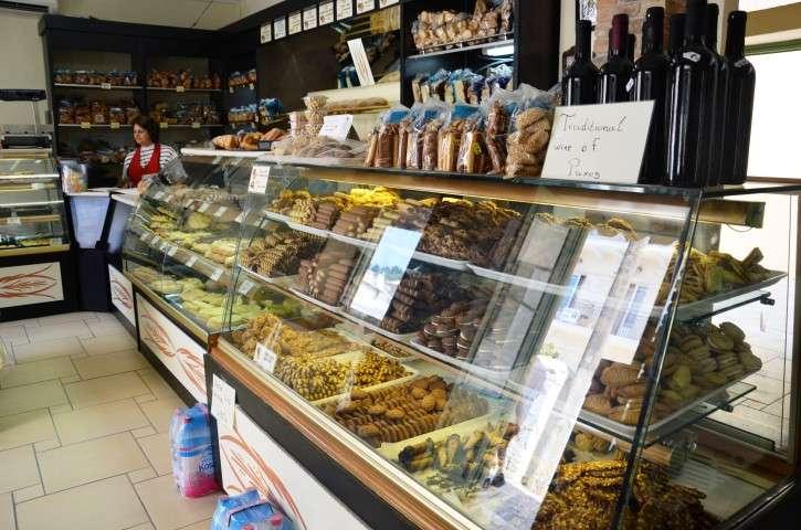 robolas bakery lakka (10)