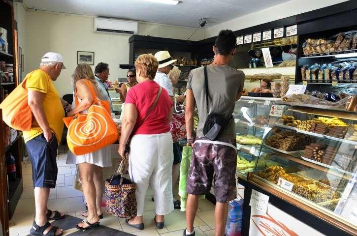 robolas bakery lakka (7)