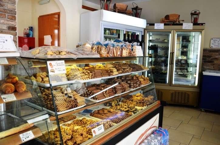 robolas bakery lakka (9)